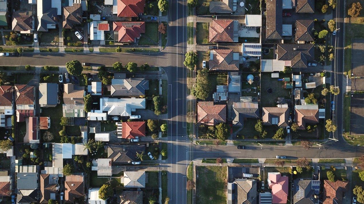 overhead photo of residential neigborhood